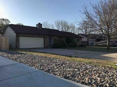 3 Bed 2 Bath Foreclosure Property in Derby, KS 67037 - N Forest Park St