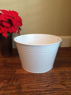 White Tub With Handles