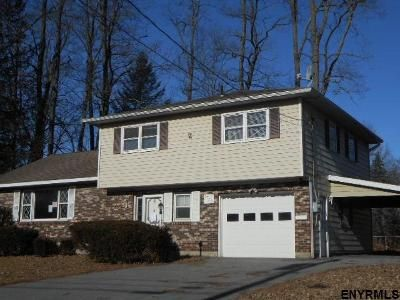 3 Bed 1.5 Bath Foreclosure Property in Schenectady, NY 12303 - Dorsett St