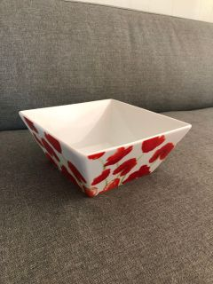 Red and white square ceramic bowl