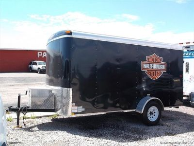 2013 TNT Enclosed Trailer ()