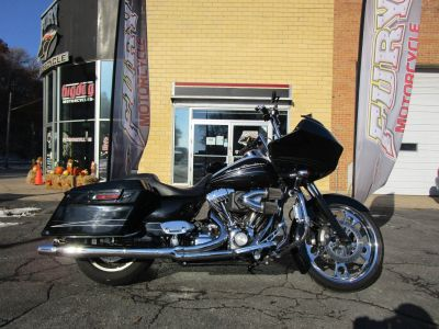 2010 Harley-Davidson Road Glide Custom Touring Motorcycles South Saint Paul, MN