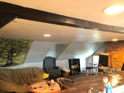 Cozy attic apartment in an 1883 historic building with lots of character