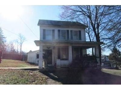 3 Bed 1 Bath Foreclosure Property in Halifax, PA 17032 - Market St