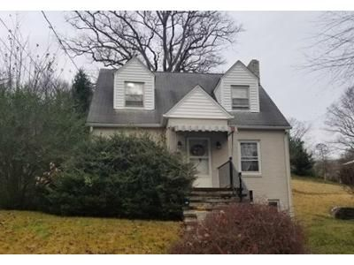 2 Bed 1.5 Bath Foreclosure Property in Charleston, WV 25302 - Piccadilly St