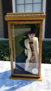 2000 CAMELLIA GARDENS COLLECTION S DOLL IN BEAUTIFUL CASE SWARVOSKI CRYSTAL JEWELRY