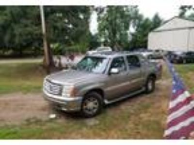 2002 Cadillac Escalade SUV in Port Sanilac, MI