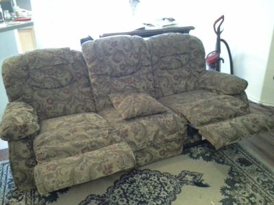 LA-Z-BOY, DOUBLE RECLINER SOFA