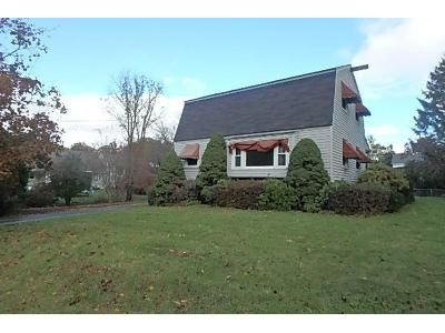 3 Bed 1.5 Bath Foreclosure Property in Methuen, MA 01844 - Renfrew St