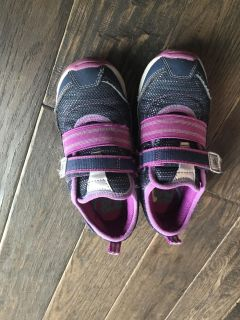 Stride rite size 12 girl sneakers. Like new! $6
