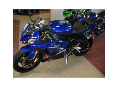 2009 Yamaha YZF-R6 Sportbike contact us for more details