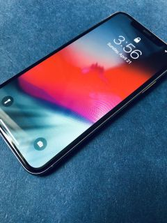 iPhone X 64gb AT&T