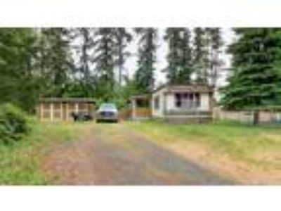 Spanaway Real Estate Home for Sale. $130,000 2bd/1.5 BA. - Graham Northcott of