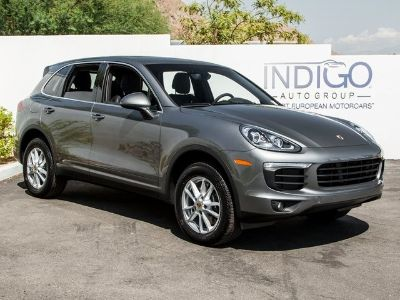 2017 Porsche Cayenne Base (Meteor Gray Metallic)