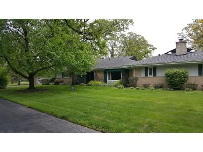 5 Bed 5 Bath Foreclosure Property in Des Plaines, IL 60016 - Busse Hwy