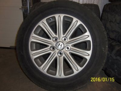 Pax Tires and Rims for 2006 Honda Odyssey Touring Minivan