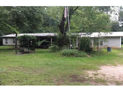 2 Bed Preforeclosure Property in Bay Minette, AL 36507 - John Little Rd
