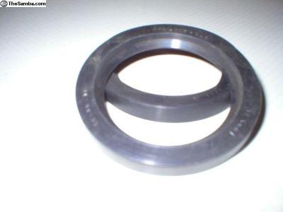 36 HP FlyWheel Seal
