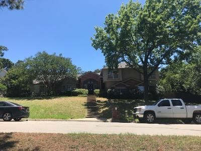 4 Bed 3 Bath Preforeclosure Property in Arlington, TX 76013 - Woodford Dr