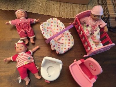 Small Baby Dolls & Accessories