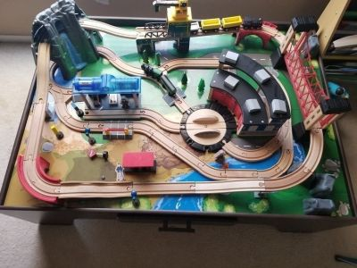 Wood train set with table