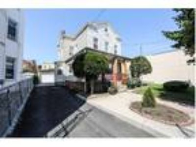 Ozone Park Four BR Two BA, Big Lot Property 50X100 R4 2 Car Garage