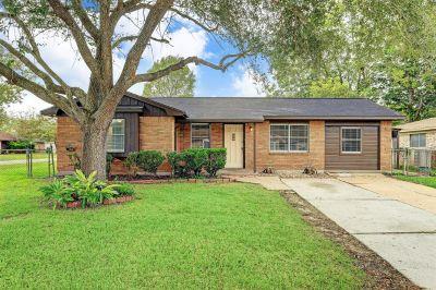 1244 Ramona Street Angleton Texas 77515