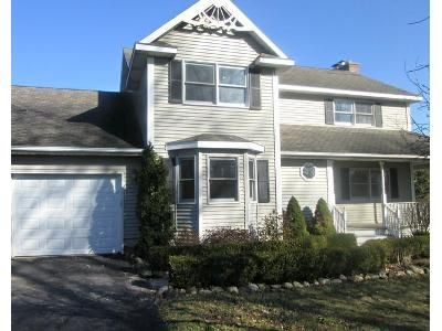 4 Bed 2.5 Bath Foreclosure Property in Plymouth, IN 46563 - Nutmeg Rd