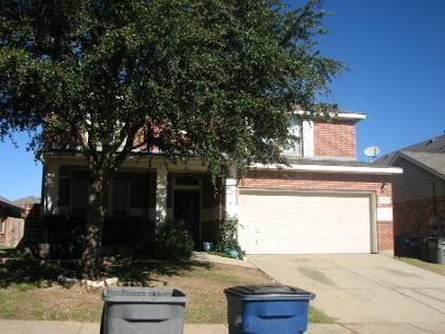 4 Bed 3.5 Bath Preforeclosure Property in Wylie, TX 75098 - Highland Glen Dr