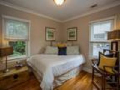 500 / One BR - One BR - 631ft2 - One BR Apartment for Rent Utilities Includ