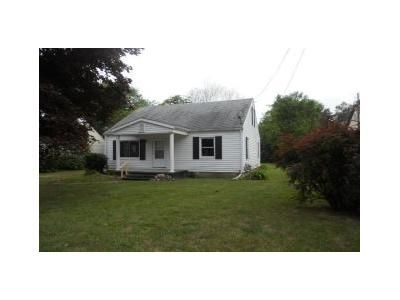 4 Bed 1 Bath Foreclosure Property in Saginaw, MI 48603 - Johns Dr
