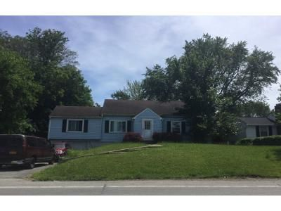 4 Bed 2 Bath Preforeclosure Property in Buffalo, NY 14221 - Wehrle Dr