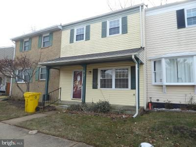 3 Bed 3 Bath Foreclosure Property in Millersville, MD 21108 - Valleywood Rd