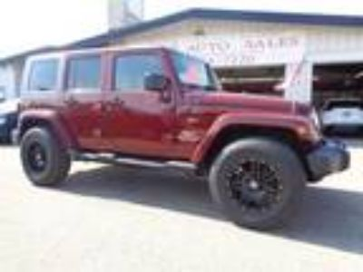 Used 2010 Jeep Wrangler Unlimited Sahara 4WD in Mankato, MN