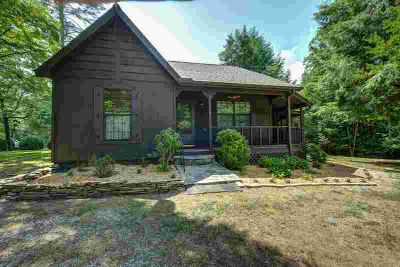 850 Ranger Road MURPHY, Your storybook country cottage