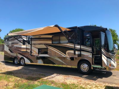2012 Winnebago TOUR 42QD