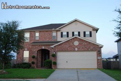$700 4 apartment in NW Houston