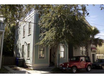 Single-family home Rental - 27 Bogard St