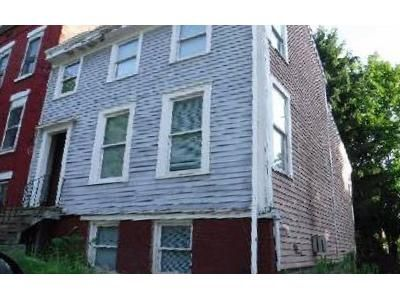 2 Bed 2 Bath Foreclosure Property in Albany, NY 12202 - Catherine St