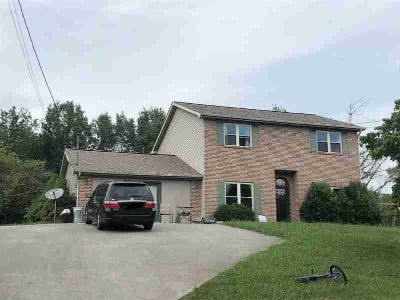 772 Lakewood dr JEFFERSON CITY Four BR, Great home with lots of