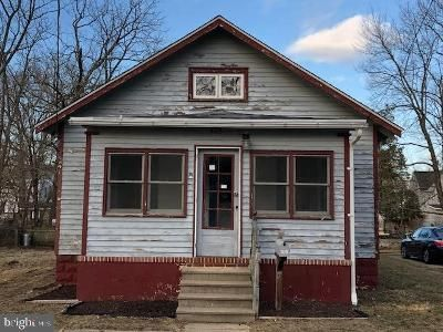 3 Bed 1 Bath Foreclosure Property in Millville, NJ 08332 - Fulton St