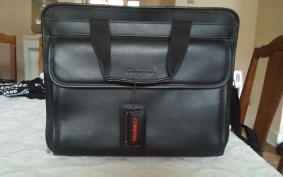 Compaq Laptop, Briefcase Shoulder Bag
