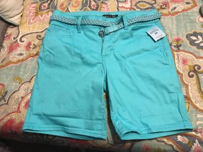 Ladies shorts with tags! Size 6