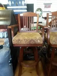 Beautiful Bar Stool (s)
