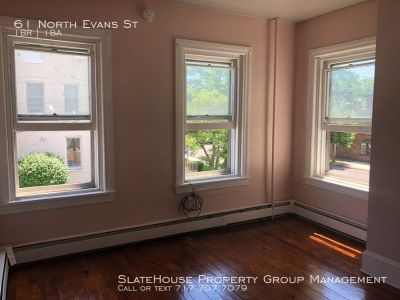Apartment located conveniently in the center of Pottstown!