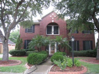 $2400 4 single-family home in SE Houston