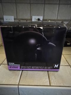 MOTORCYCLE HELMET SIZE MED NEW