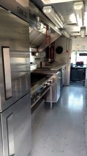 Food Truck, GMC 2003 workhorse
