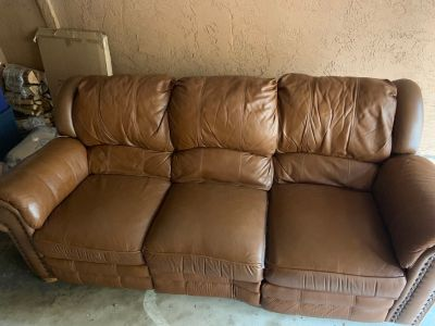 FREE RECLINER COUCH