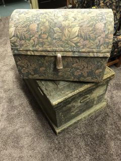 Tapestry Satin Lined Trunk